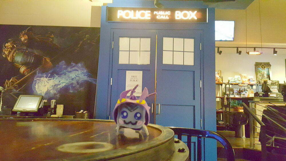 Battle and Brew TARDIS bathroom - Atlanta Tardis Bar Doctor Who Cafes