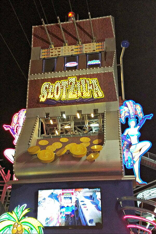 100 Free Things to do in Las Vegas - SlotZilla World's Largest Slot Machine