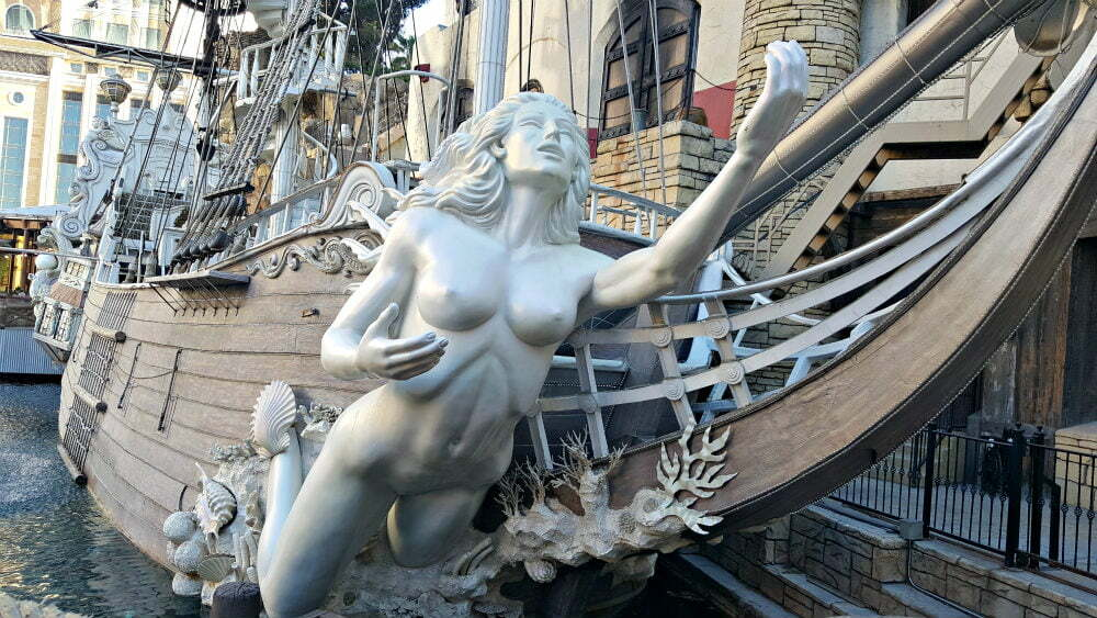 100 Free Things to do in Las Vegas - Siren's Cove Treasure Island Pirate Ship