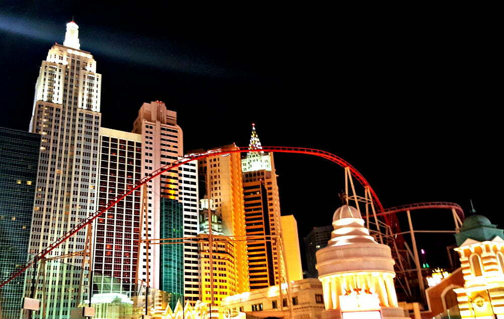 100 Free Things to do in Las Vegas - New York Skyline Las Vegas Empire State Building Replica