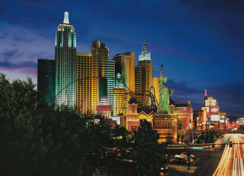100 Free Things to do in Las Vegas - Replica of New York City Skyscrapers and Statue of Liberty