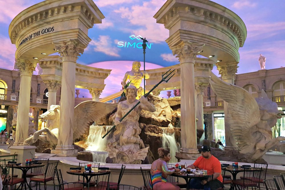 100 Free Things to do in Las Vegas - Fountain of the Gods Caesars Palace
