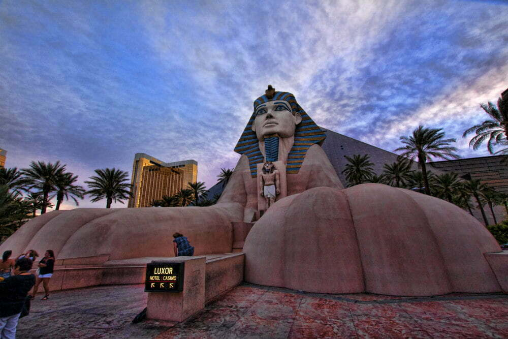 100 Free Things to do in Las Vegas - Luxor Hotel Great Sphinx of Giza Replica