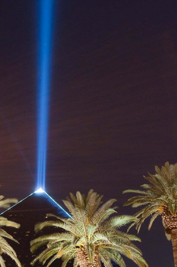100 Free Things to do in Las Vegas - Luxor Sky Beam World's Brightest Light Beam