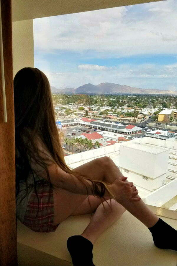 100 Free Things to do in Las Vegas - Las Vegas Mountains From Stratosphere Hotel Room