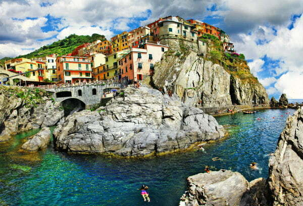 Manarola Harbour Beach in Cinque Terre | Cinque Terre Cliff Diving & Cinque Terre Cliff Jumping