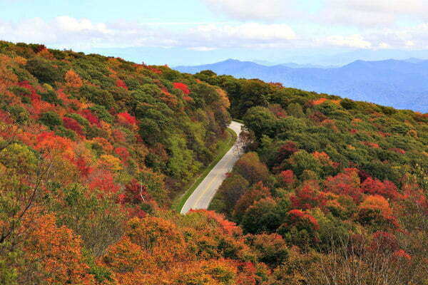 Cherohala Skyway - Tennessee Road Trip in the Fall