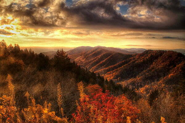 Great Smoky Mountains National Park in the Fall in Tennessee - Road Trip Itinerary